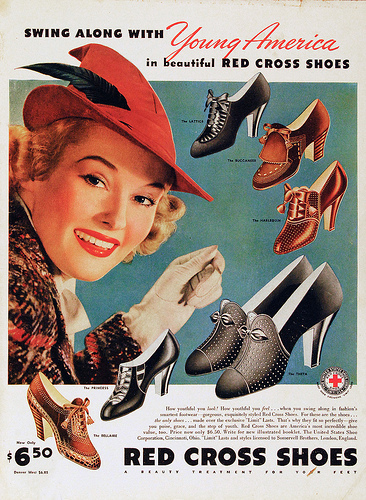 1938 ad for Red Cross women's shoes